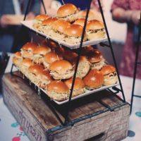 23-Yummy-Wedding-Burger-Ideas-And-Ways-To-Display-Them13