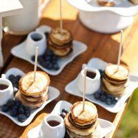 mini-pancakes-wedding-food-ideas