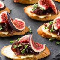 reduce-wedding-appetizer-cost-810x455